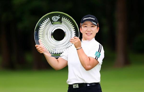 '기록제조기' 신지애, 한국 여자골퍼 최초로 프로 통산 60승 달성